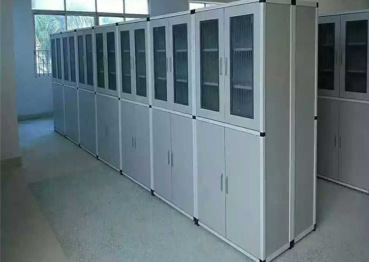 实验室储物柜在设计上的具有这些优势