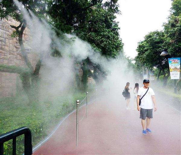 河南喷雾降温原理分析及喷雾降温特点的介绍。