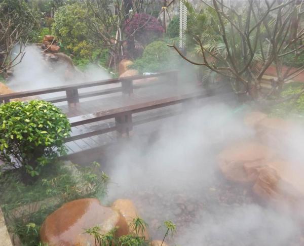 河南降尘设备中喷雾降尘有哪些优势?