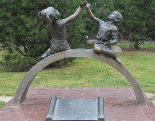 成都校园雕塑安装