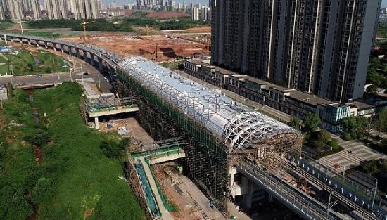 南昌地铁4号线高架段车站雄姿初显