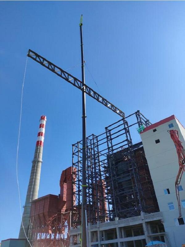 华丰热力钢结构工程上梁施工中