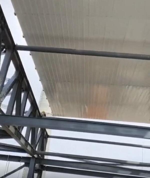 内蒙古钢结构厂房屋架雨篷系统
