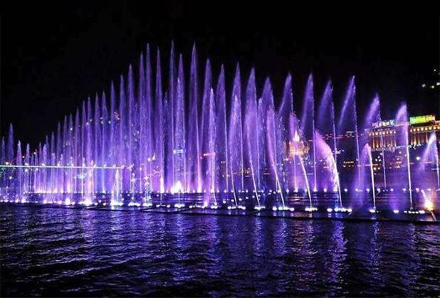 喷泉水景如何运用在城市建设中?发展方向如何?
