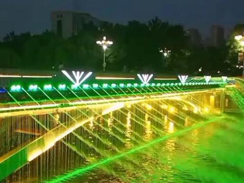 四川水帘喷泉施工安装成功案例
