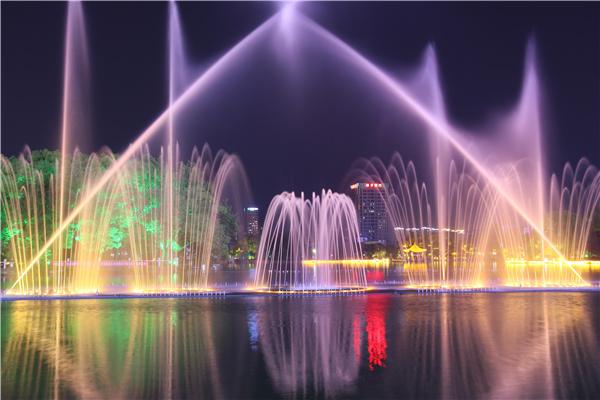 四川音乐喷泉怎样设计才能新颖别致?