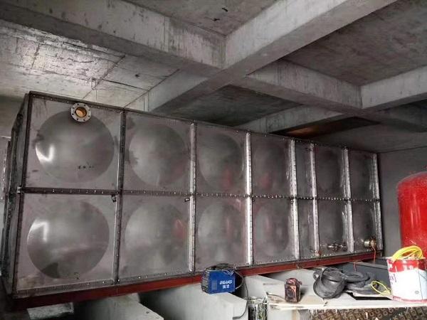 镀锌生活水箱
