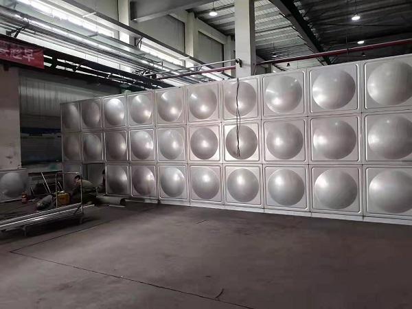 制作不锈钢保温水箱在选择保温材料上有什么讲究?