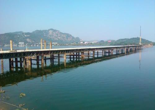 四川貝雷橋