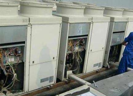 中央空调的管道需要清洗吗?管道清洗麻烦吗?