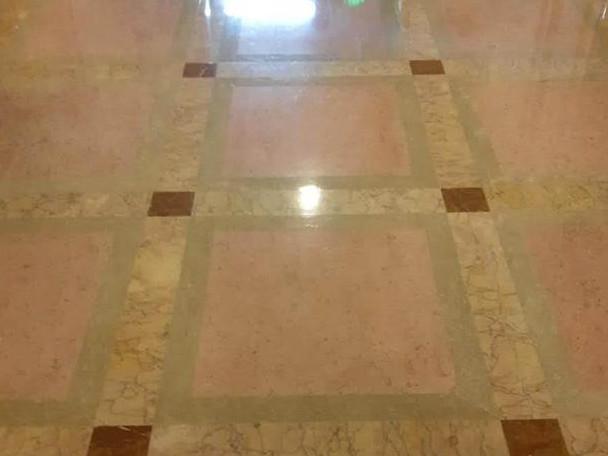 张家口保洁服务公司的大理石地板清洗7个技巧