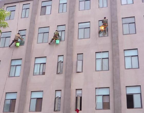 酒店外墙清洗时要做到的五个安全措施!