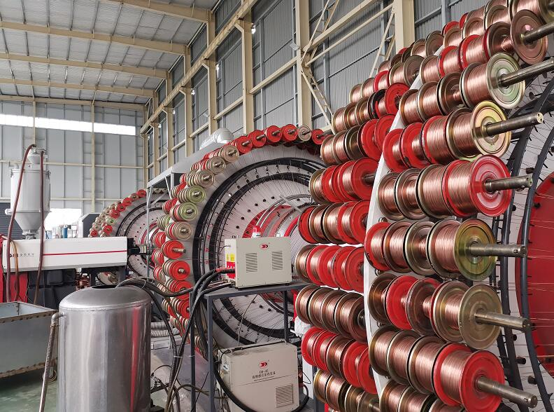 西藏钢丝网骨架(聚乙烯)复合管件