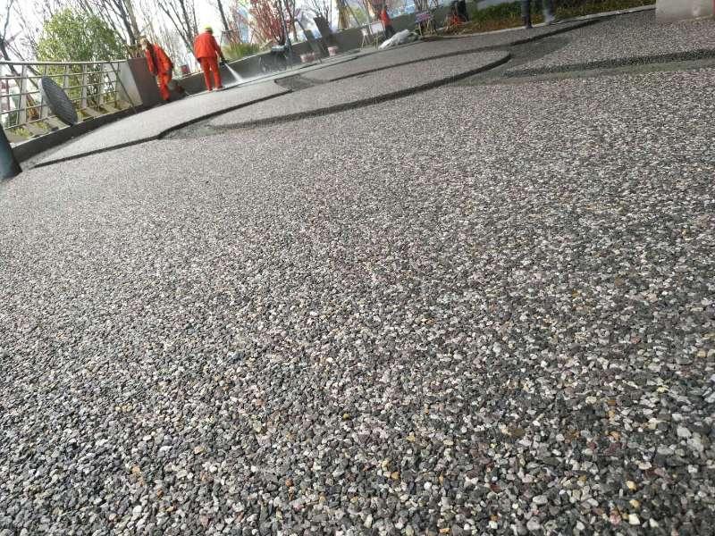 鼎源盛建筑工程来给大家分享陕西透水混凝土的养护重点啦,走过路过不要错过呦