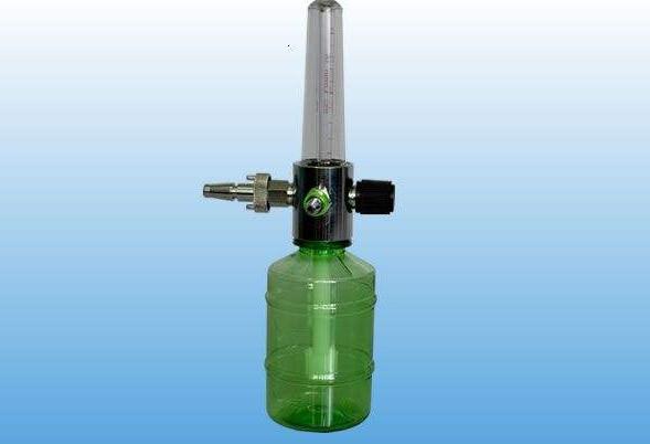 氧气湿化瓶里是加的什么水?