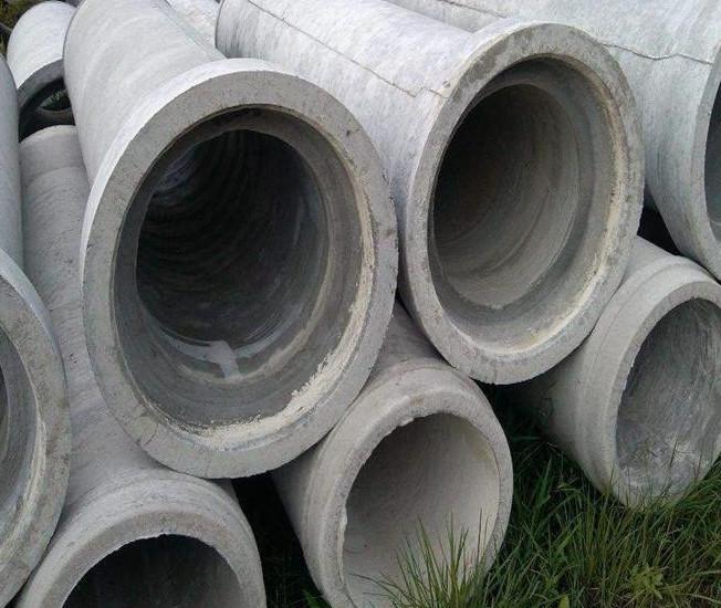某市政工程使用的水泥管安装图