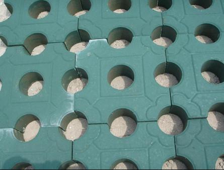 草坪砖圆孔型绿色