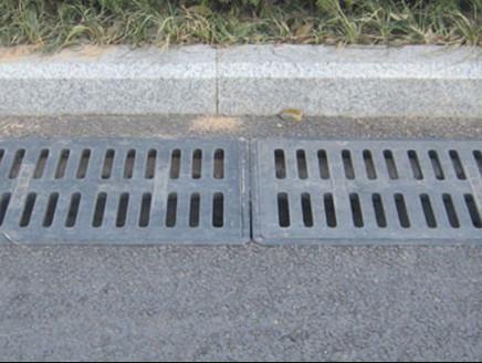 排水沟水篦子安装