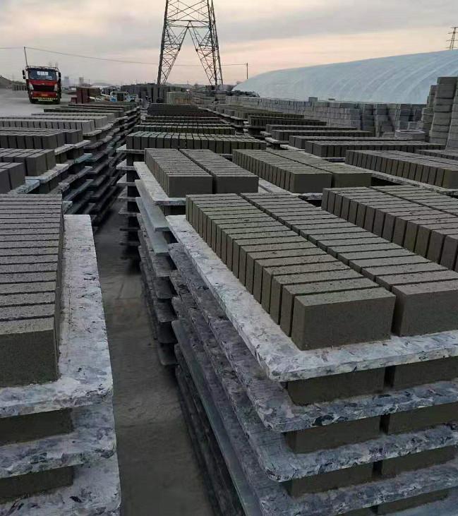 张家口水泥砖 景观绿化面包砖 人行道水泥砖厂家生产