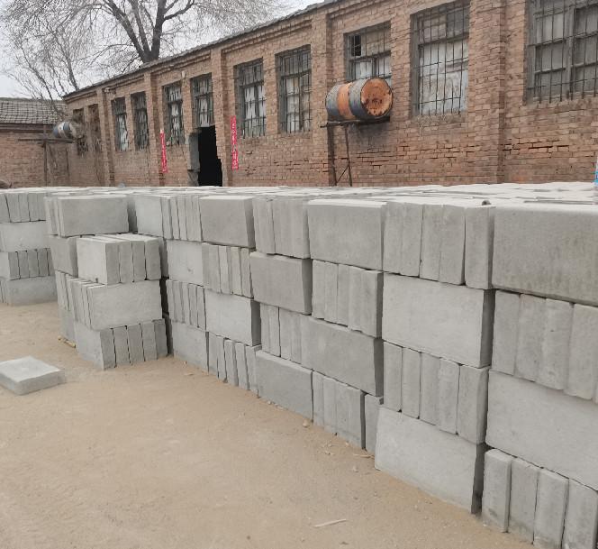 张家口便道砖施工工艺流程是什么?便道砖在人行道铺砖施工及勾缝的方法!