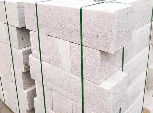 水泥砖施工时要注意什么?有什么养护条件?