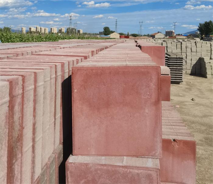 面包砖生产厂家   公园广场专用红色面包砖