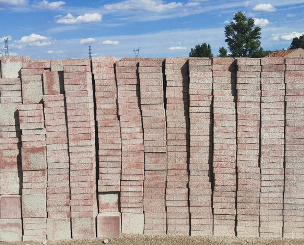 水泥面包砖维护替换时要注意的三点事项