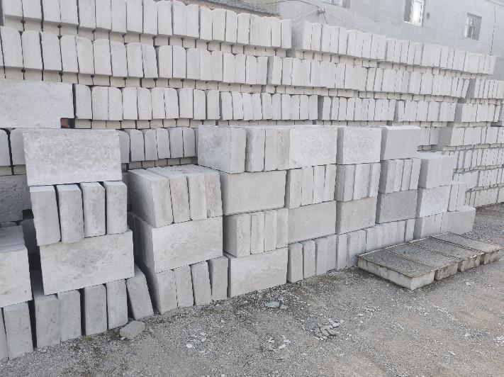 张家口面包砖规格200*100  公园广场面包砖