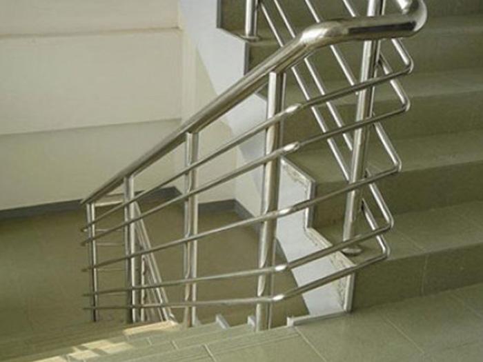 哪里有不锈钢楼梯扶手