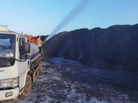 内蒙乌拉特中旗金豆煤业堆煤场