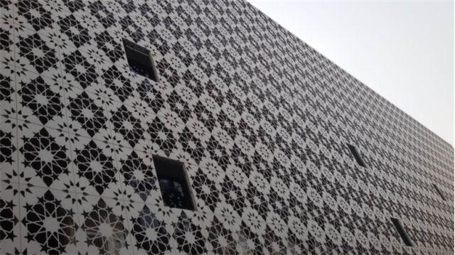 外墙为什么要选择成都铝单板幕墙