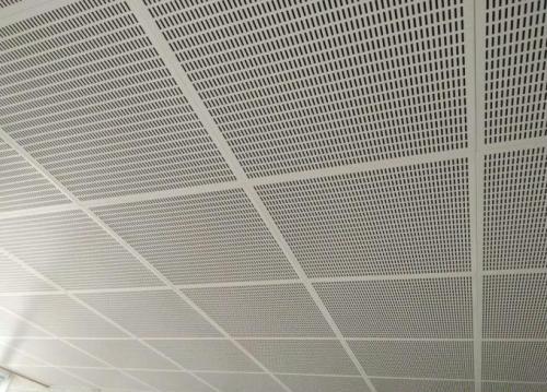 关于成都铝天花板的喷涂都是怎样的,了解一下。