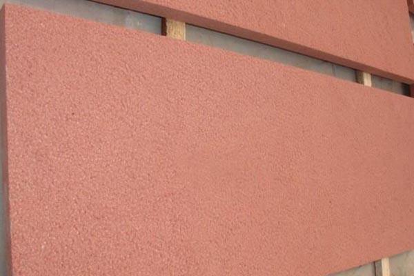 浅谈自贡红砂岩浮雕纹路在点缀中的作用