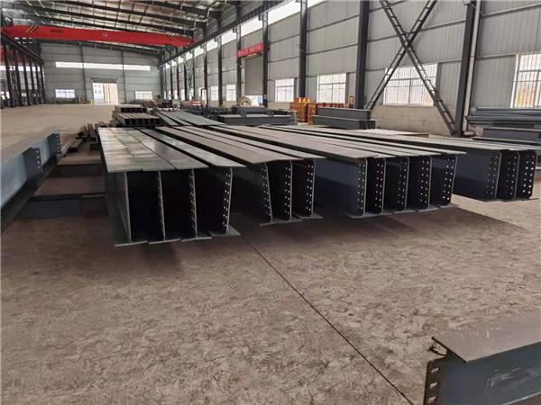 厂区内景-H型钢结构加工车间