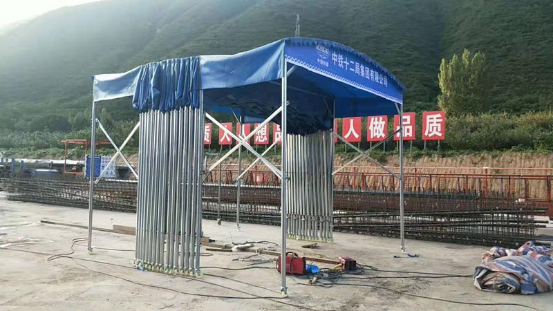 怎么挑选伸缩折叠雨篷?有什么技巧呢?跟西安雨篷厂来学习学习