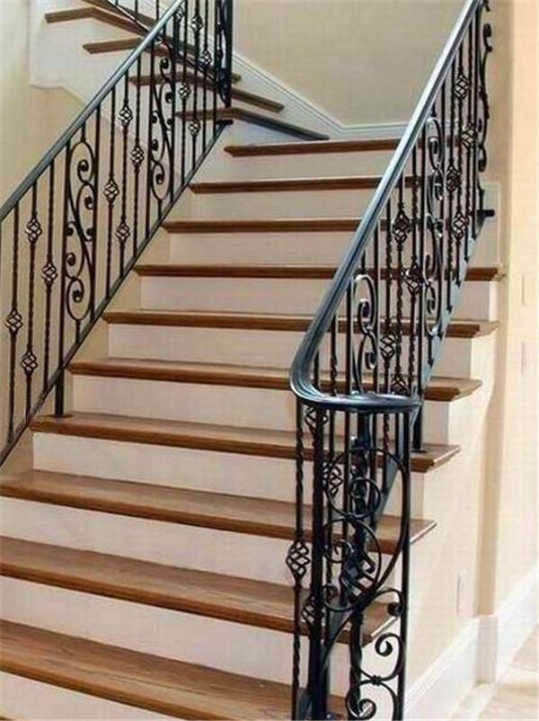 不知道铁艺楼梯的设计及制作方法是什么的小伙伴,这些你都知道吗?