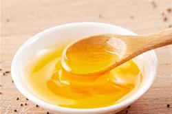 亚麻籽油千万别用来炒菜,亚麻籽油这样吃了也白吃