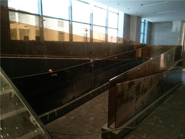 楼梯玻璃工程施工