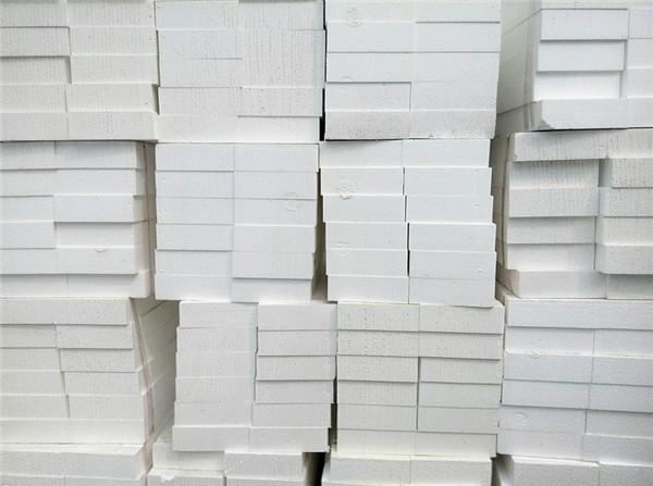 聚苯乙烯泡沫板和聚氨酯泡沫板怎么区分