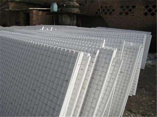 孚耐斯建材带您分析一下聚氨酯复合板的优缺点