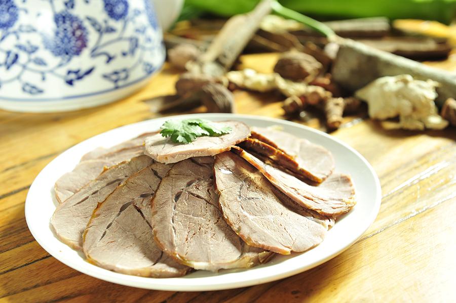 关于兰州牛肉面中的营养物质,有什么值得注意的?