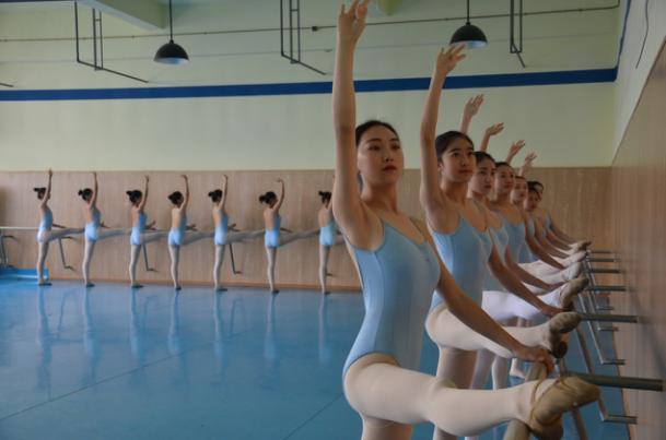 星之海艺术培训为您分享:选择舞蹈艺考培训班的方法