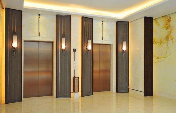 """""""公交电梯""""时代已经来了吗?能够解决旧楼加装乘客电梯问题吗?"""