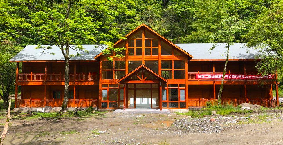 梁ぷ柱式混合重型结构酒店设计成功案例