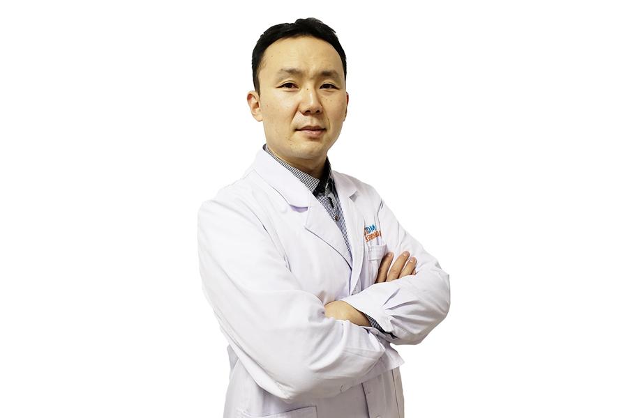 张怡琳-业务院长-主任医师