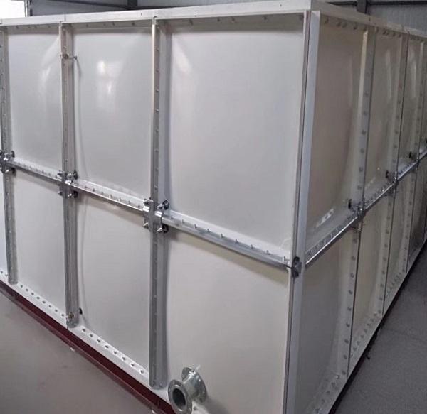 玻璃钢水箱定做有什么要求?