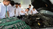提升新时代职业教育现代化水平