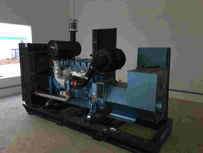 西安潍柴燃气机总代为中铁某项目提供200KW潍柴原装发电机组