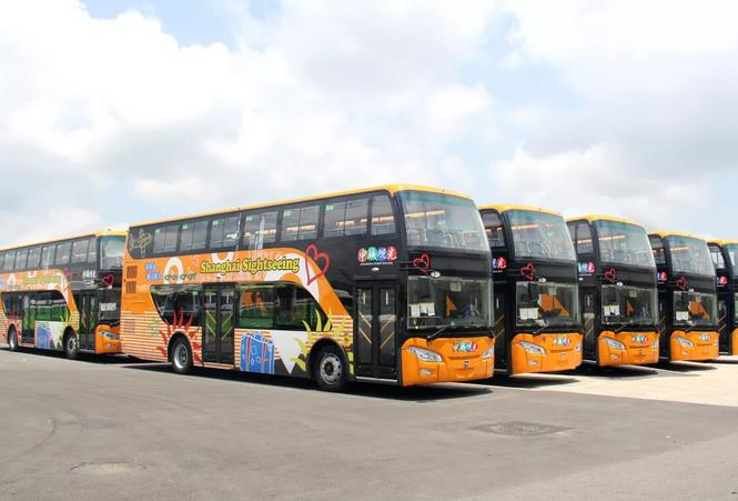 潍柴亚星双层巴士喊你上车啦!坐大巴,逛上海!