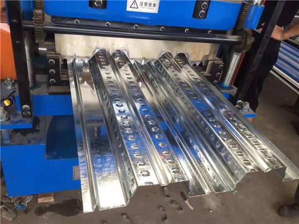 西安楼承板厂家的小编要给大家分享的是600型开口楼承板与690型有什么区别